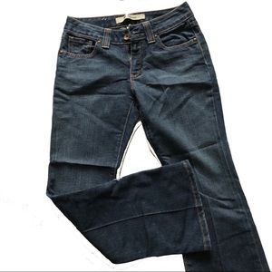 GAP lowrise Size 2 curvy ankle cropped jeans
